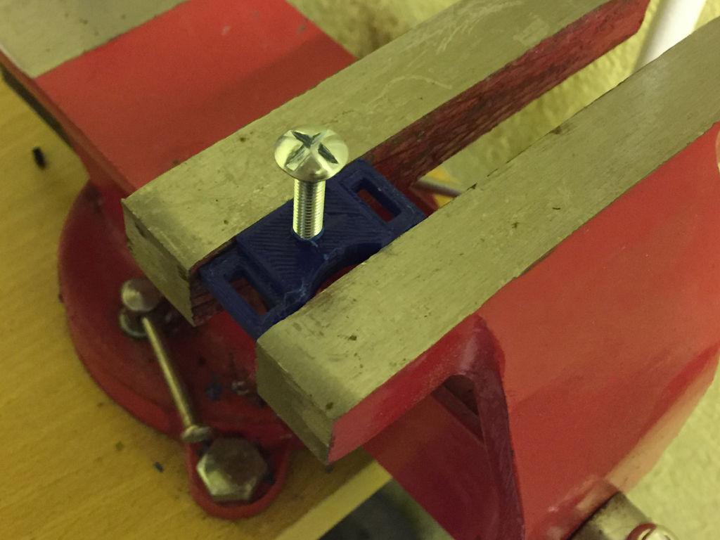 Что делает лазерный гравер